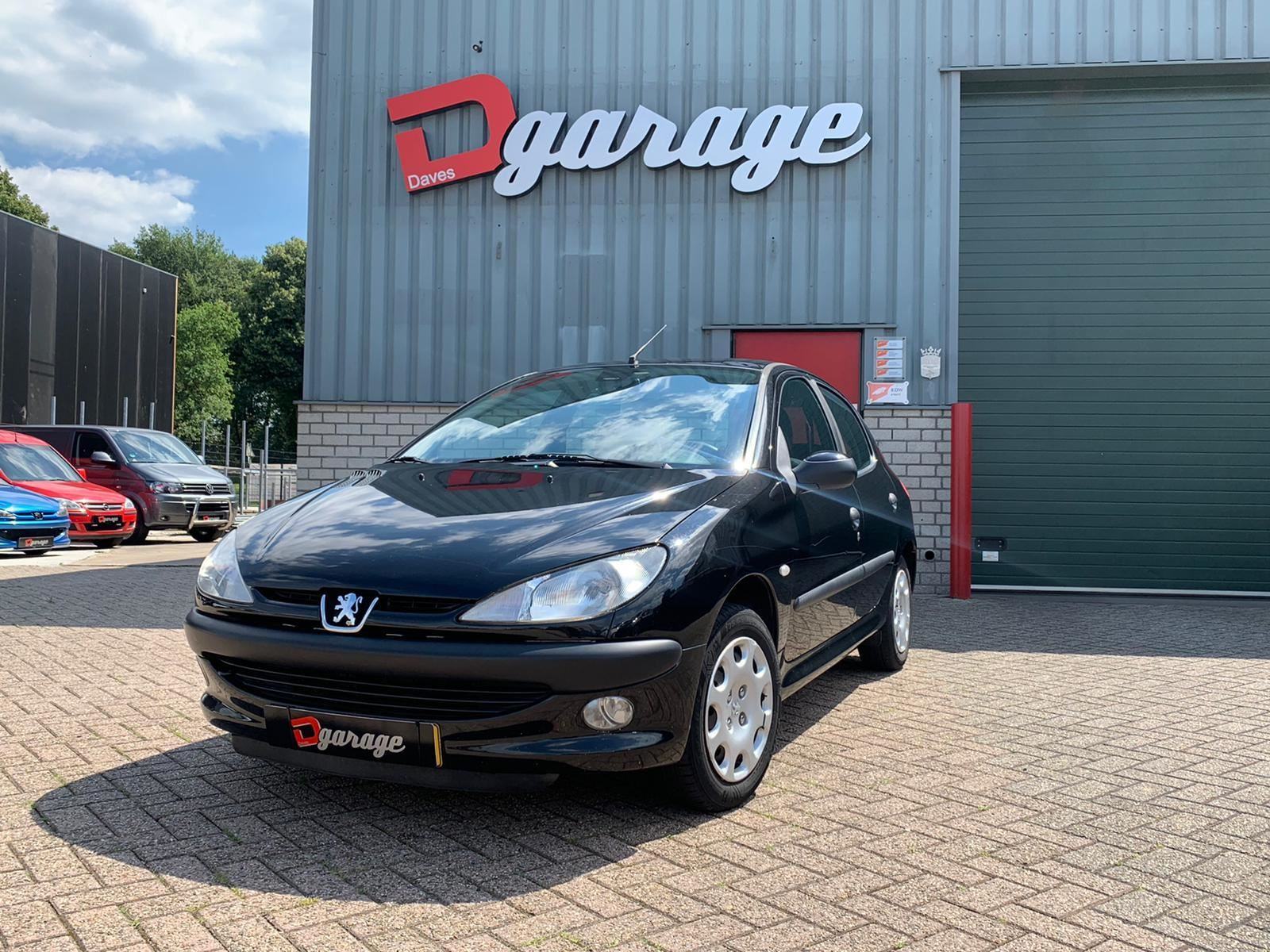 Peugeot 206 occasion - Dave's Garage