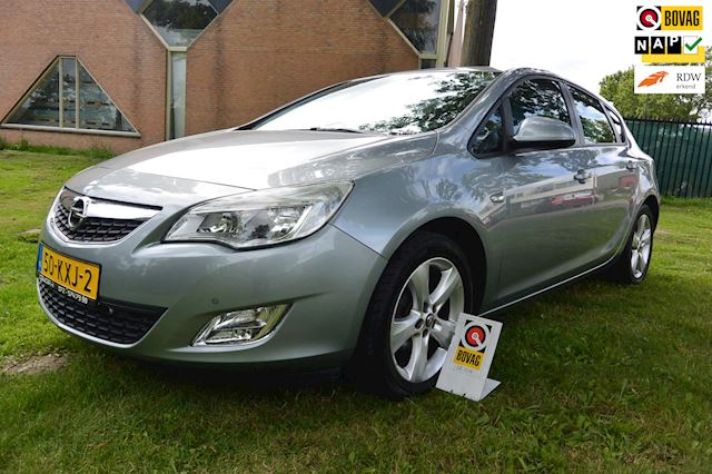 Opel Astra 1.6 Edition*airco*cruise*navigatie*nieuwe ketting