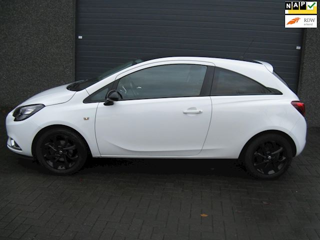 Opel Corsa 1.2 black with edition