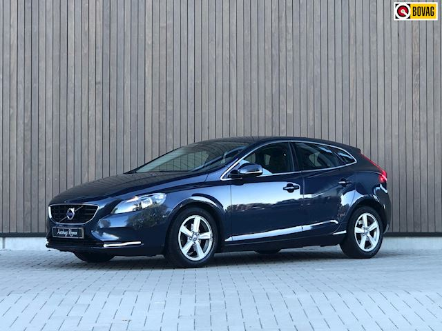 Volvo V40 1.6 D2 Momentum Business 2014