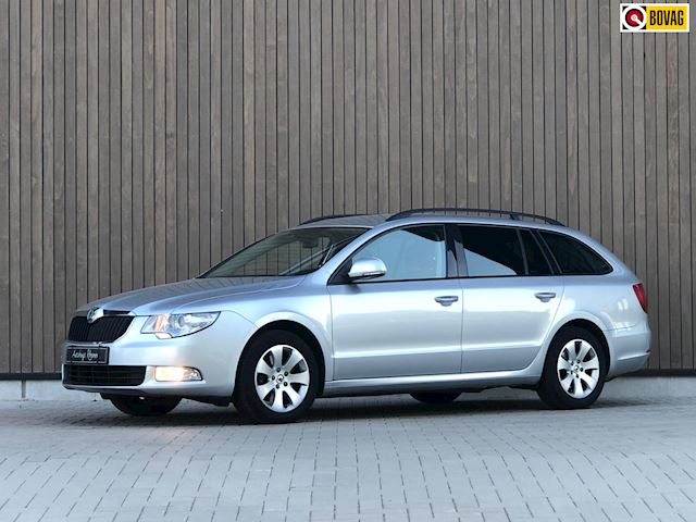 Skoda Superb Combi 1.8 TSI Comfort Business Line