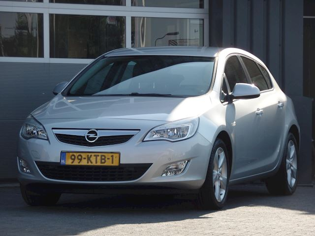 Opel Astra 1.6 Edition Navigatie, Airco, PDC V+A, Cruise control, Goed Onderhouden, LM Velgen