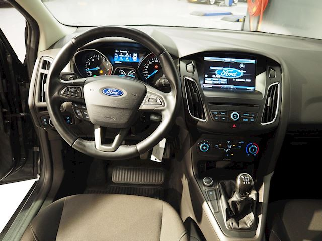 Ford Focus Wagon 1.0 Trend Edition Navi | Cruise | Pdc