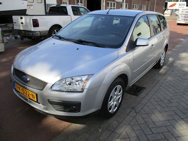 Ford Focus Wagon 1.6-16V Ambiente/clima
