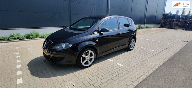 Seat Altea 1.6 Reference / Nw. APK / Airco / cruise cntrl.
