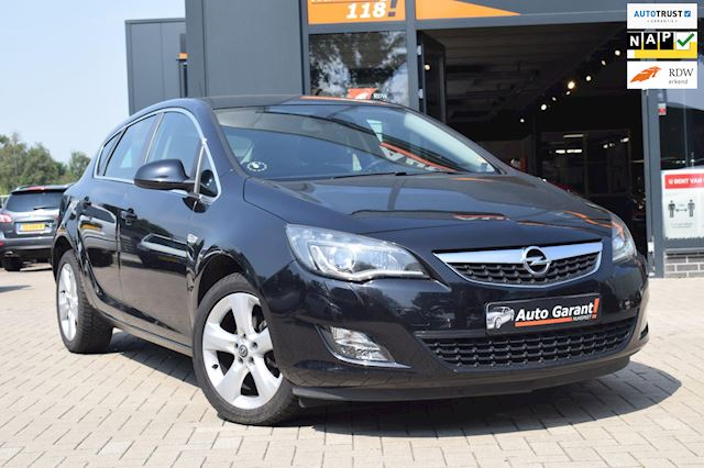 Opel Astra 1.4 Turbo Sport/automaat/xenon/17 inch/ clima/stoelverw/cruise contr/