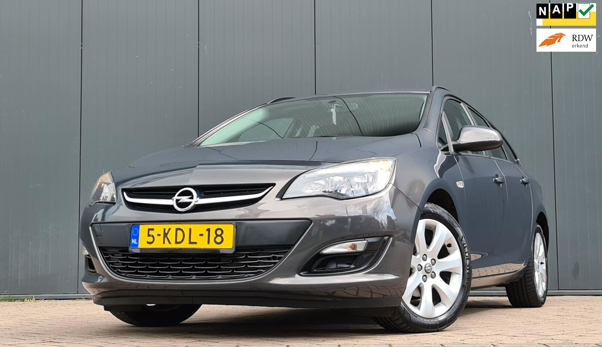 Opel Astra Sports Tourer occasion - van den Boog Automotive