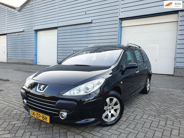 Peugeot 307 SW 1.6 HDiF NAVIGATIE,PANO,AIRCO, 2 X SLEUTELS