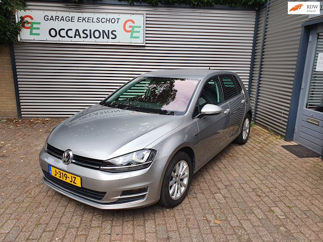 Volkswagen Golf 1.6 TDI Highline Camera/Xenon/Navi