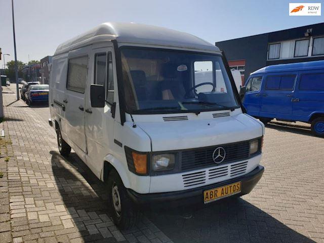 Mercedes-Benz Bestelwagen 210 D lang/hoog  2.9 D