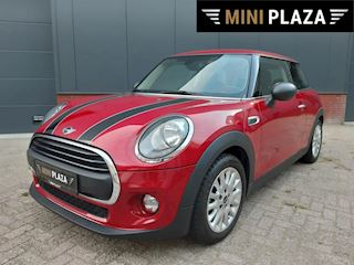 Mini 1.2 Cooper One PDC Achter / BLUE TH / ALU Velgen / Stoelverwarming occasion - Mini Plaza