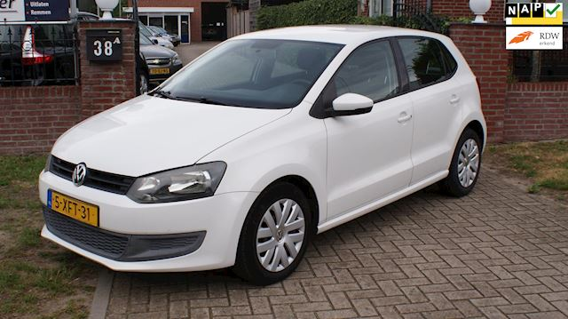 Volkswagen Polo 1.4-16V Highline 5drs