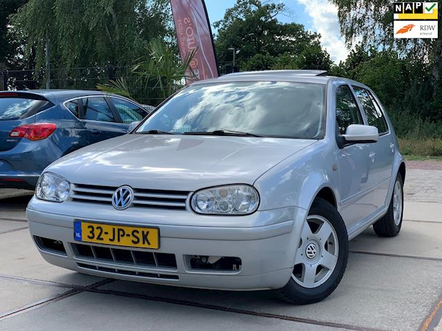 Volkswagen Golf 1.8-5V Highline TREKHAAK DAKRAAM BOEKJES