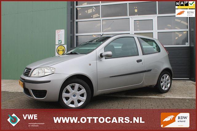 Fiat Punto 1.4-16V Young
