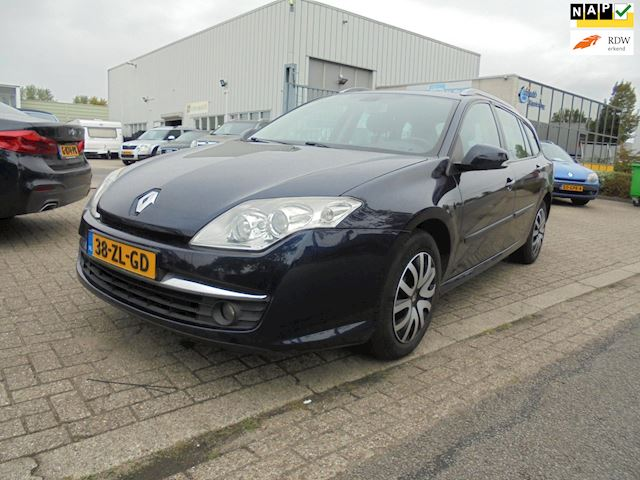 Renault Laguna Estate 2.0 dCi Expression APK 06-2021