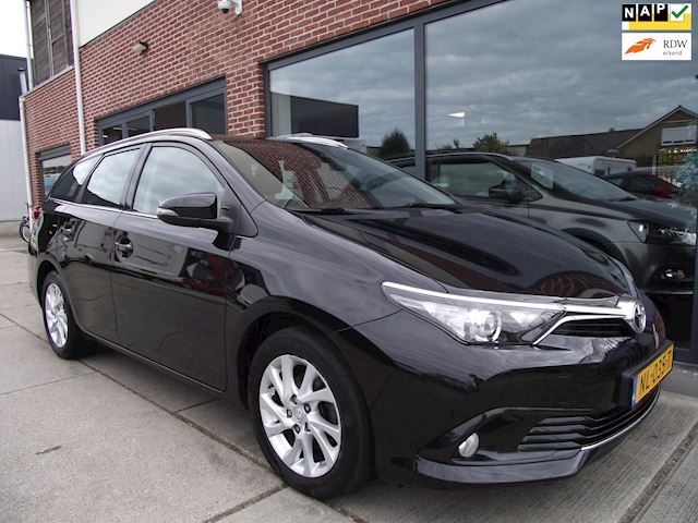 Toyota Auris Touring Sports 1.2T Aspiration