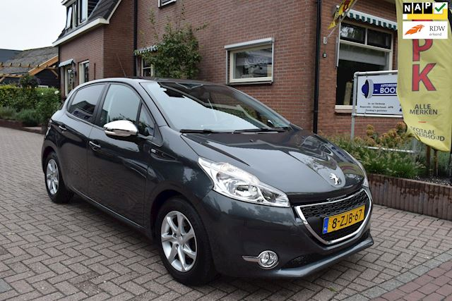 Peugeot 208 1.2 e-VTi Style/AUTOMAAT/AIRCO/CRUISE/NETTE STAAT!/APK 5-2022!