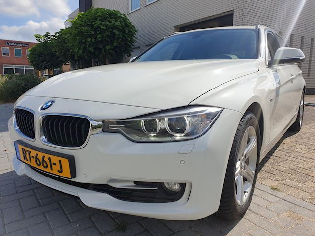 BMW 3-serie Touring 325d High Executive Automaat Panodak Leder Sport-Edition 1e Eig