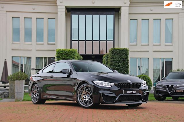 BMW 4-serie Coupé M4 Competition GTS package - keramische remmen - carbon dak - 41.000 km
