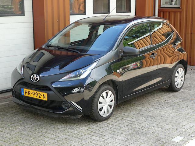 Toyota Aygo 1.0 VVT-i x-now 75 dkm nap inruil mogelijk 5 deuren