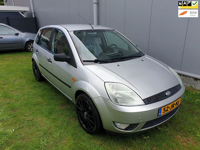 Ford Fiesta 1.4-16V First Edition 5 deurs airco