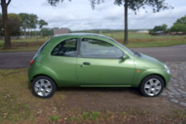 Ford Ka 1.3 Collection leer airco lm velgen ex. 162 dkm nw apk