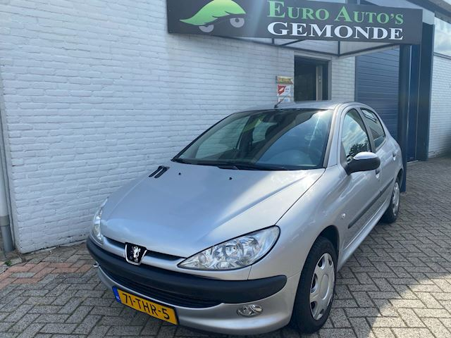 Peugeot 206 1.4 Gentry automaat airco