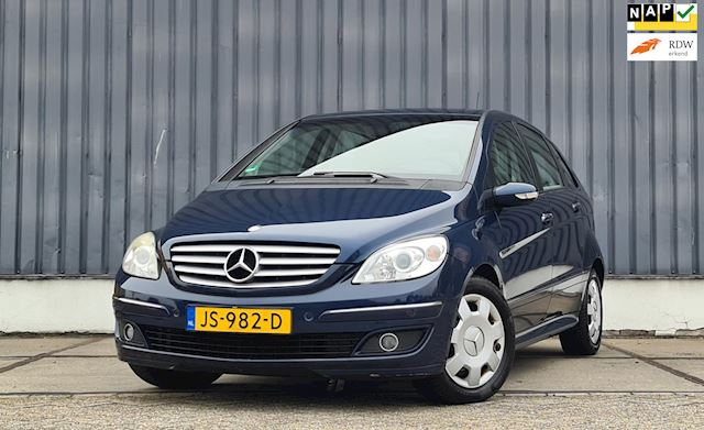 Mercedes-Benz B-klasse B200 Automaat Mooi Distributieketting is vervangen!