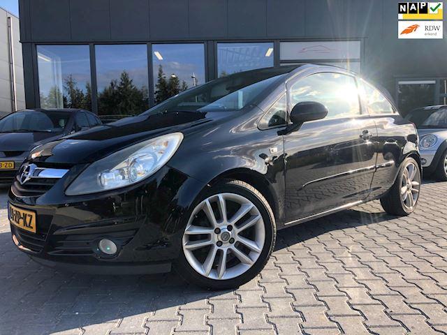 Opel Corsa 1.4-16V Sport  OPC Line, topstaat