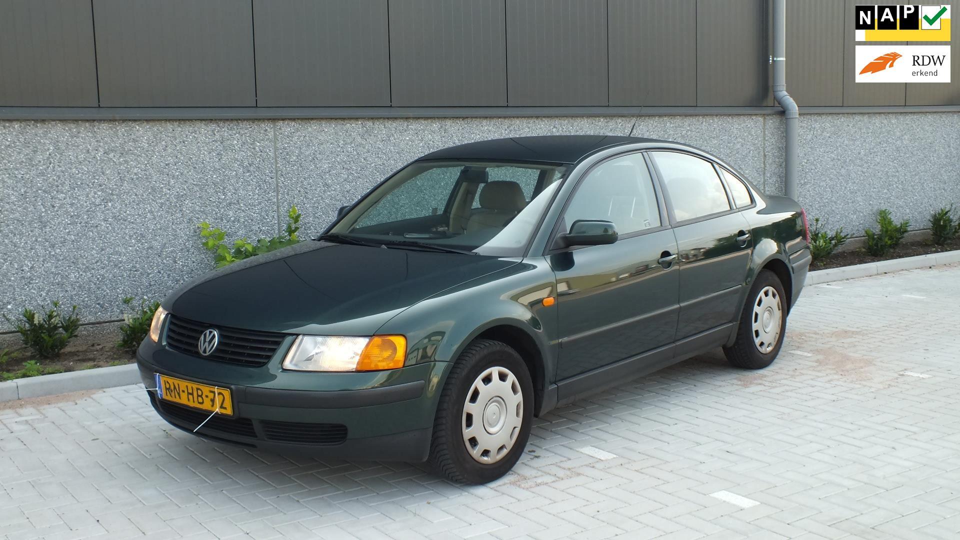 Volkswagen Passat occasion - Autobedrijf Sakkers