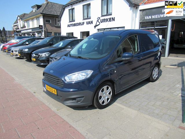 Ford Transit Courier 1.5 TDCI Trend,28.000KM,Navigatie,Airco,Achteruitrij camera,Cruise control