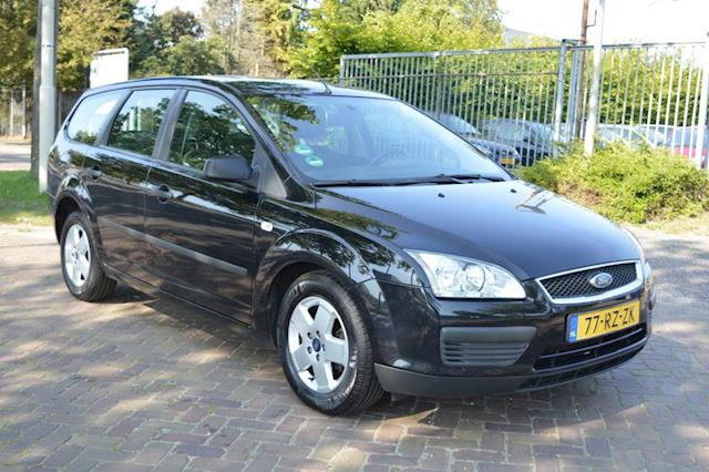 Ford Focus Wagon 1.6-16V Champion bj05 airco trekhaak
