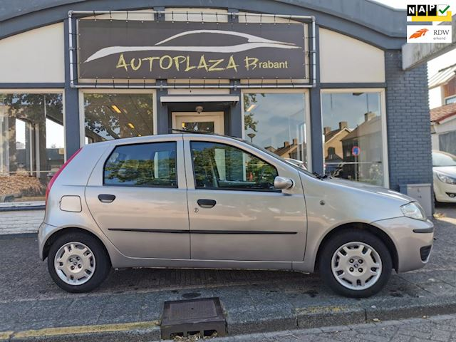 Fiat Punto 1.2 Dynamic/5DRS/PANO/CITY STAND/ ZUINIG/NAP