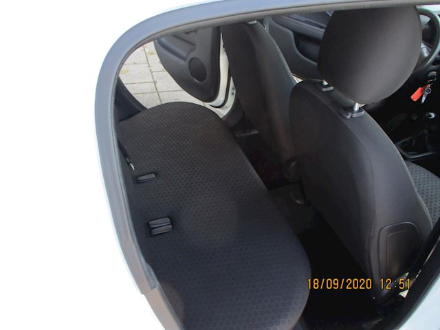 Mitsubishi Space Star 1.0 Inform 5 Drs met Airco