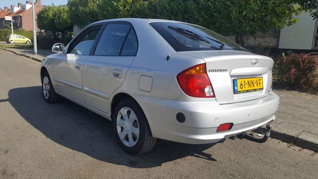 Hyundai Accent 1.6i Dynamic