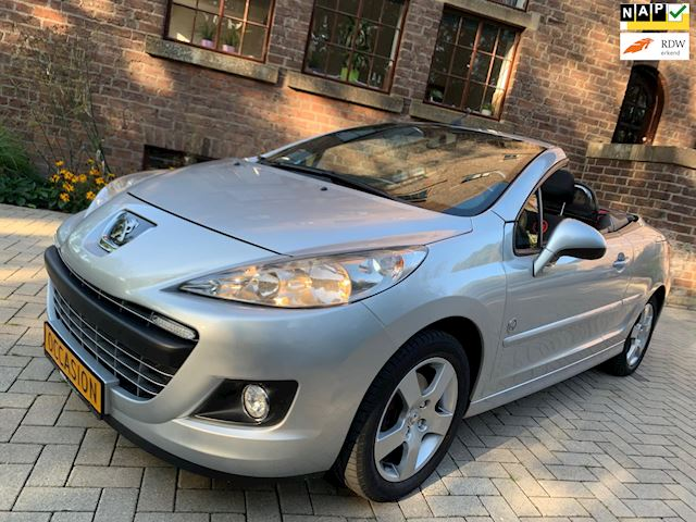 Peugeot 207 CC 1.6 VTi Griffe Silver Edition NR64 Uitvoering Top