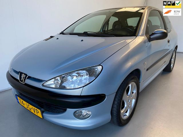 Peugeot 206 1.6-16V XS Premium Leer Radio/cd Trekhaak
