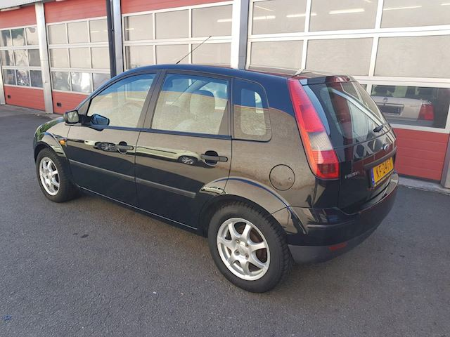 Ford Fiesta 1.4-16V First Edition 5-DRS