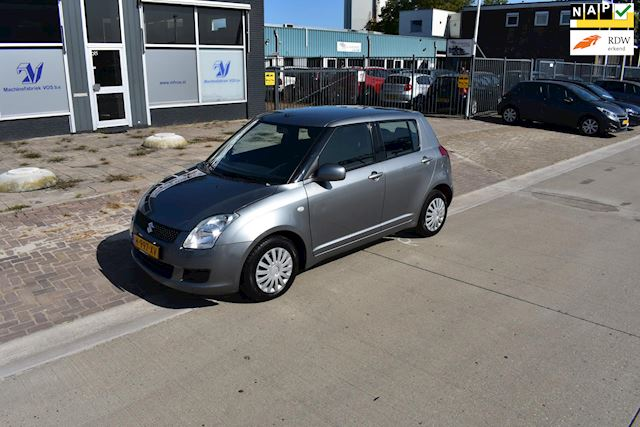 Suzuki Swift 1.3 Base