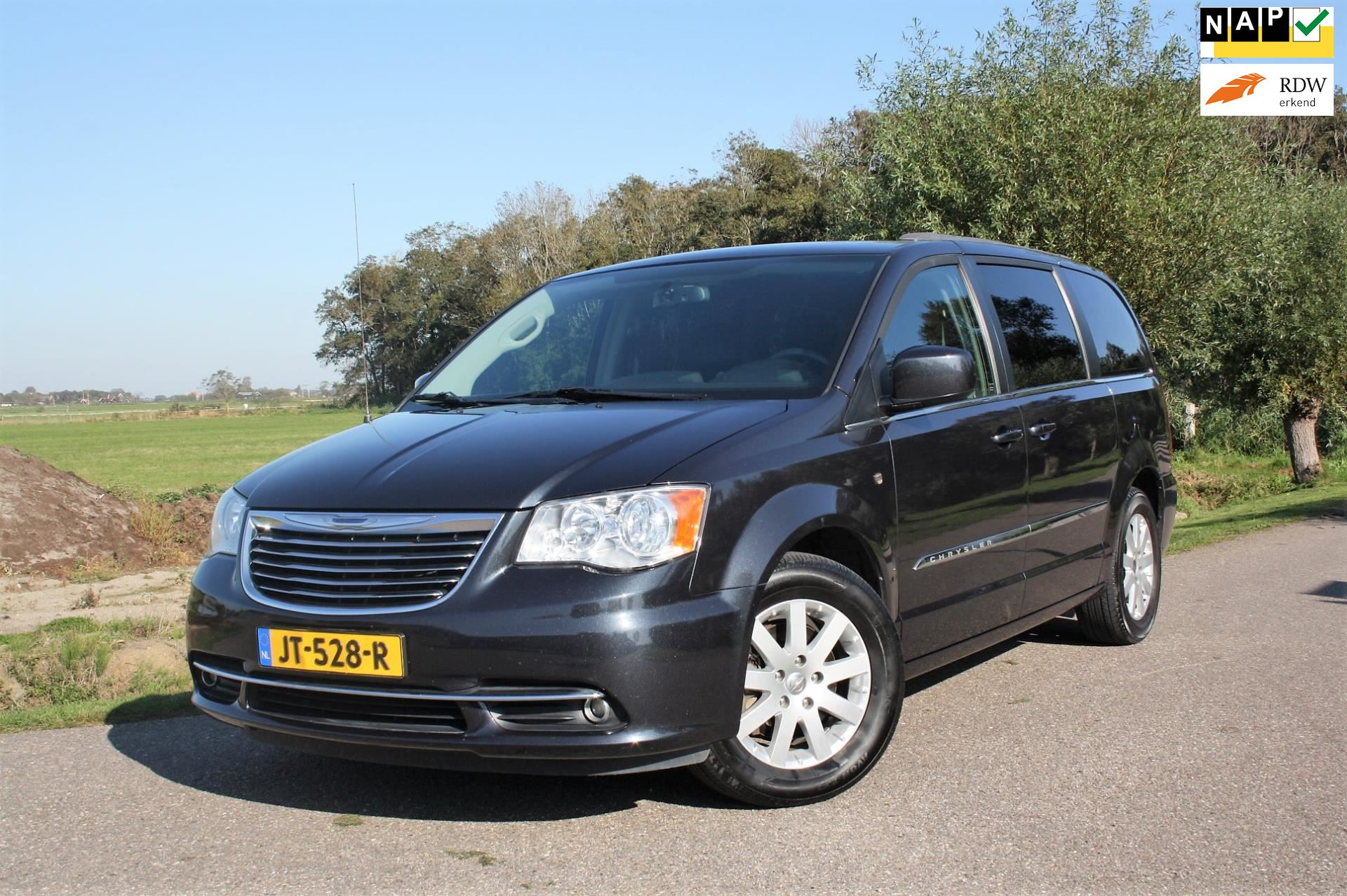 Chrysler Town  Country occasion - Favoriet Occasions