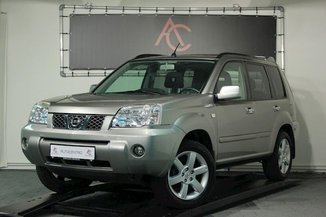 Nissan X-Trail 2.5 4WD Columbia / Panorama / PDC / Automaat