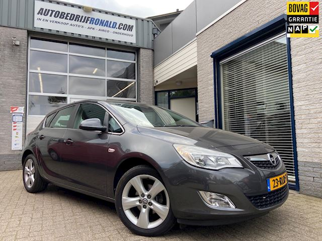 Opel Astra 1.4 Turbo Edition Navigatie/Airco/Cruise/Lmv/Pdc/Trekhaak
