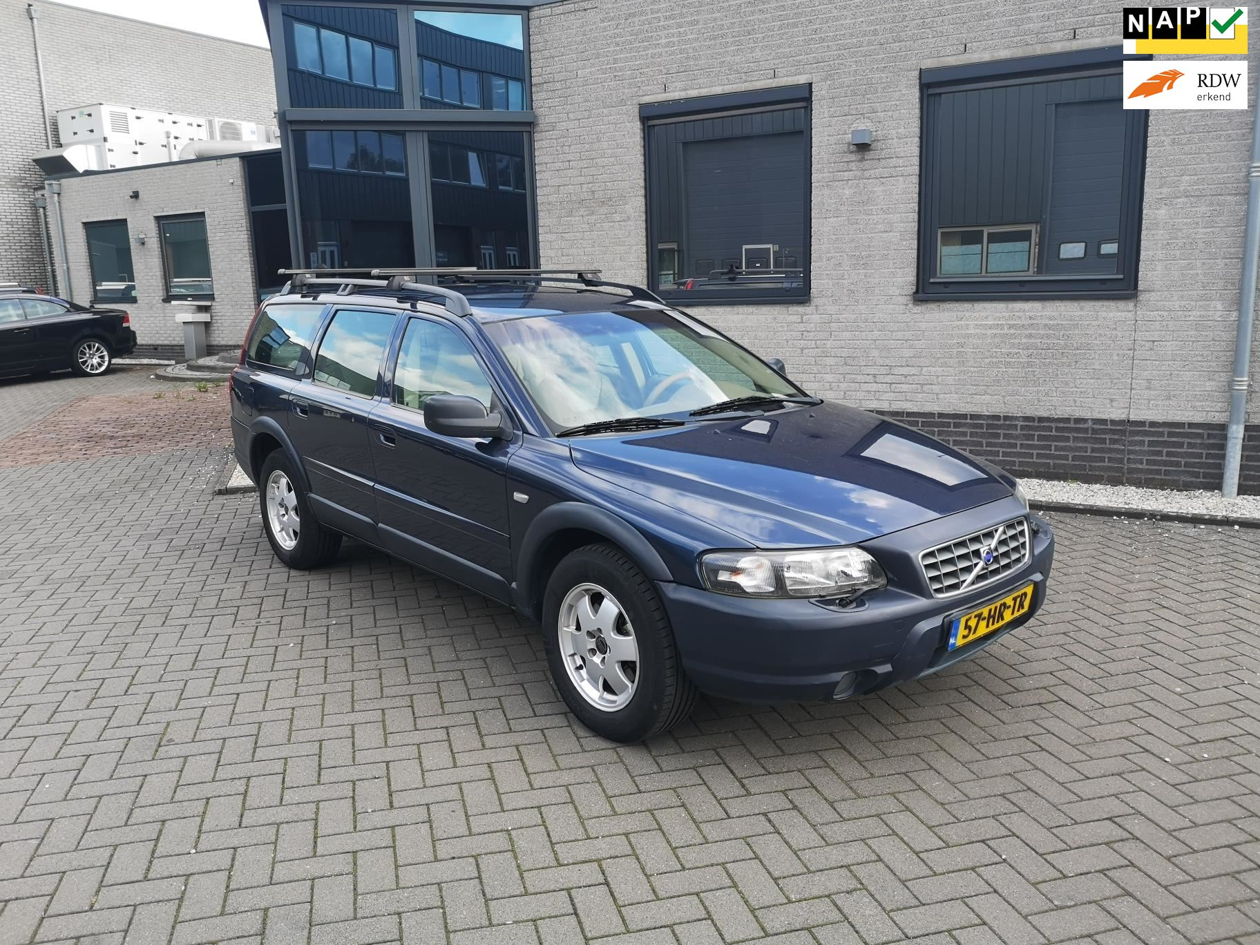 Volvo V70 Cross Country occasion - Polarcars B.V