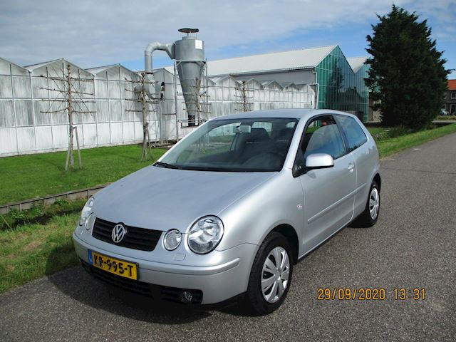 Volkswagen Polo 1.4-16V Automaat met Climate Control