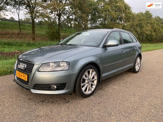 Audi A3 1.8 TFSI Attraction Business Edition NIEUWE MOTOR