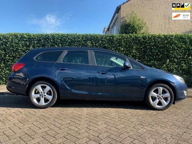 Opel Astra Sports Tourer 1.4 Turbo Edition Top auto! Airco - pdc - lm-velgen - cruise control - armsteun
