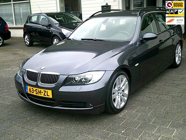 BMW 3-serie Touring 325i High Executive