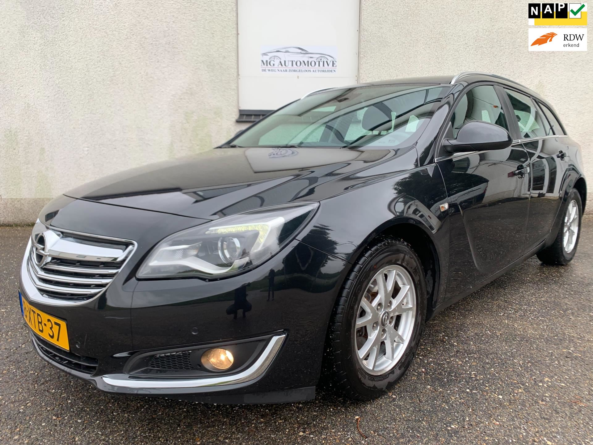 Opel Insignia Sports Tourer occasion - MG Automotive