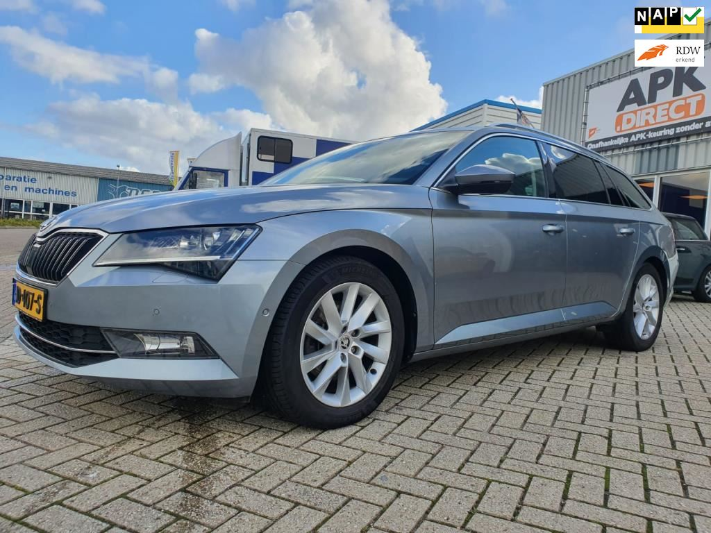 Skoda Superb Combi occasion - Mini-World (Autoservice Besuijen Goes)