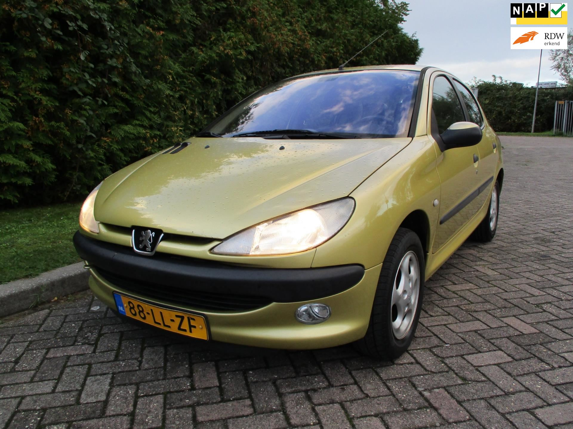 Peugeot 206 occasion - Goldenstone Cars